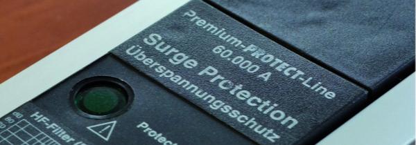 Detailansicht Steckdosenleiste Premium-Protect-Line 60.000 A