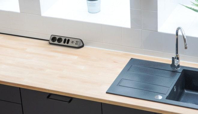 Estilo Eck-Steckdosenleiste von Brennenstuhl zur Montage in der Küche ohne Bohren