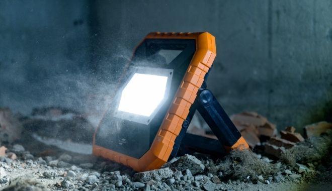 LED Baustrahler Arbeitsstrahler X SERIE 38-min